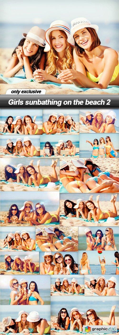 Girls sunbathing on the beach 2 - 21 UHQ JPEG