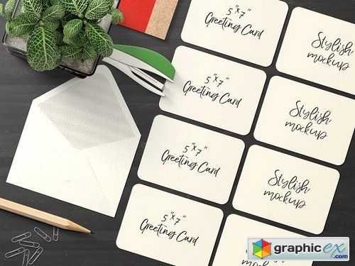 7x5 Greeting Card Mockup - 9