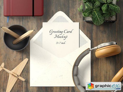 5X7 Greeting Card Mockup - 1