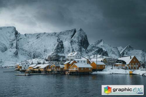 Snowy village on Sakrisøy island, Norway