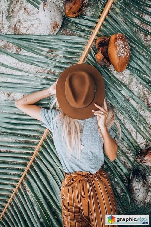 Meg Legs - Bora Bora Lightroom Preset